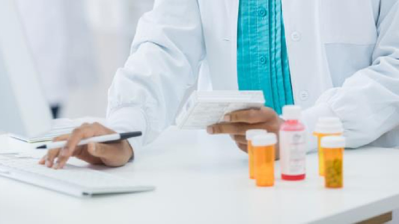 Preventing and analyzing medication errors
